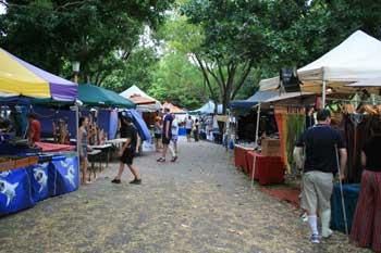 Mindal Beach Market